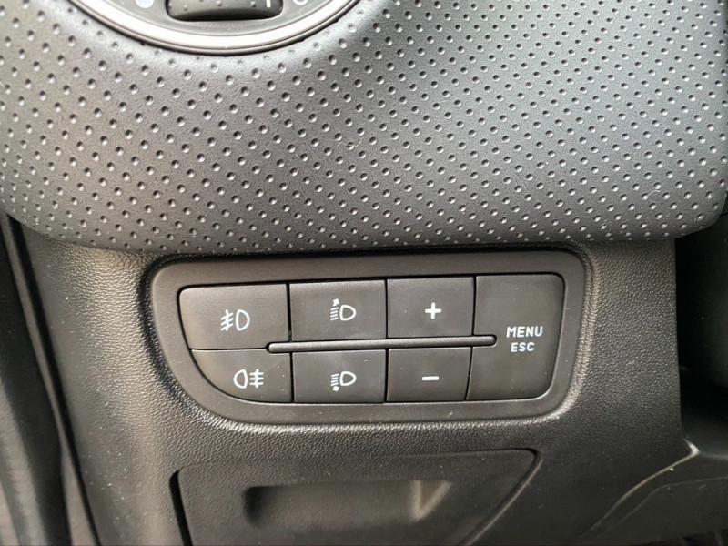 Photo 14 de l'offre de FIAT PUNTO EVO 1.4 8V 77CH DYNAMIC 3P à 4490€ chez Iptrans Auto Paris