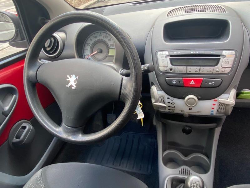 Photo 8 de l'offre de PEUGEOT 107 1.0 12V TRENDY 3P à 3990€ chez Iptrans Auto Paris