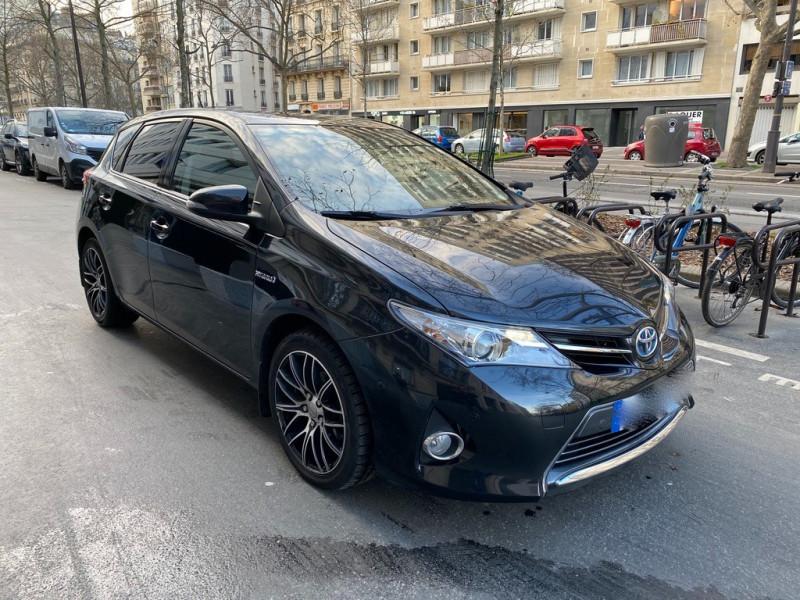 Photo 6 de l'offre de TOYOTA AURIS HSD 136H EXECUTIVE CONNECT 5P à 12490€ chez Iptrans Auto Paris