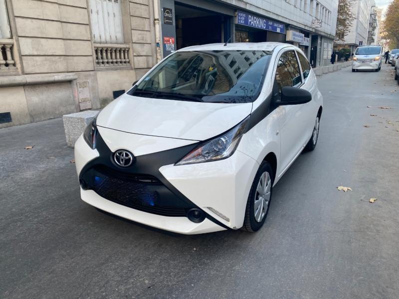 Toyota AYGO 1.0 VVT-I 69CH X 3P Essence BLANC Occasion à vendre
