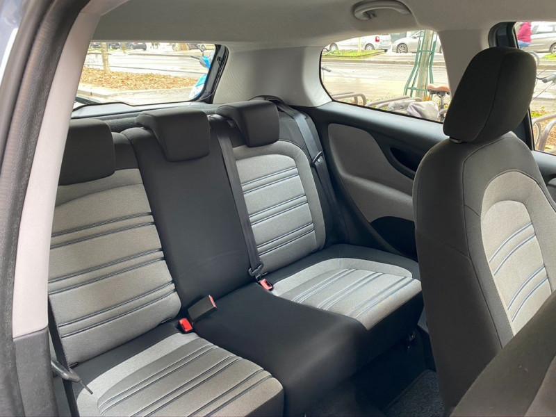 Photo 17 de l'offre de FIAT PUNTO EVO 1.4 8V 77CH DYNAMIC 3P à 4490€ chez Iptrans Auto Paris
