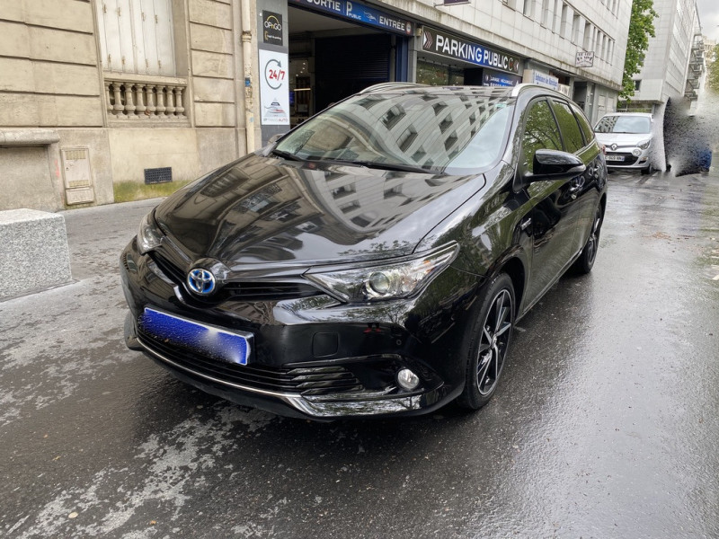 Toyota AURIS TOURING SPORTS HSD 136H EXECUTIVE TVA RECUPERABLE Hybride NOIR Occasion à vendre