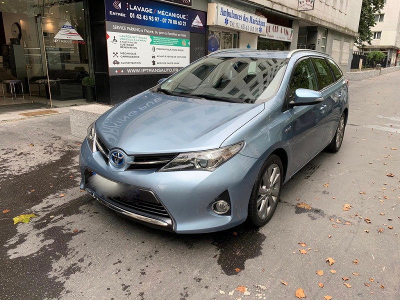 Toyota AURIS TOURING SPORTS HSD 136H EXECUTIVE Hybride BLEU Occasion à vendre