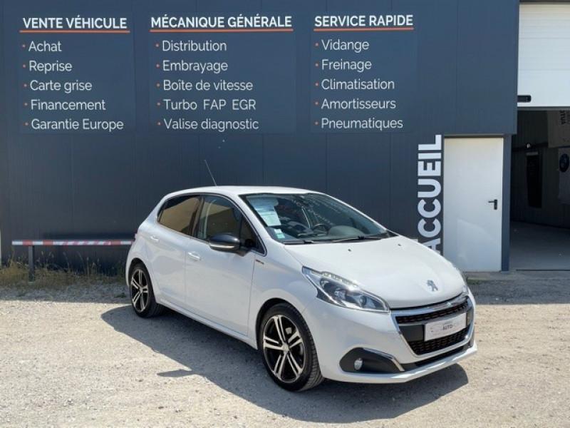 Peugeot 208 1.6 BLUEHDI 100CH GT LINE 5P Diesel BLANC Occasion à vendre