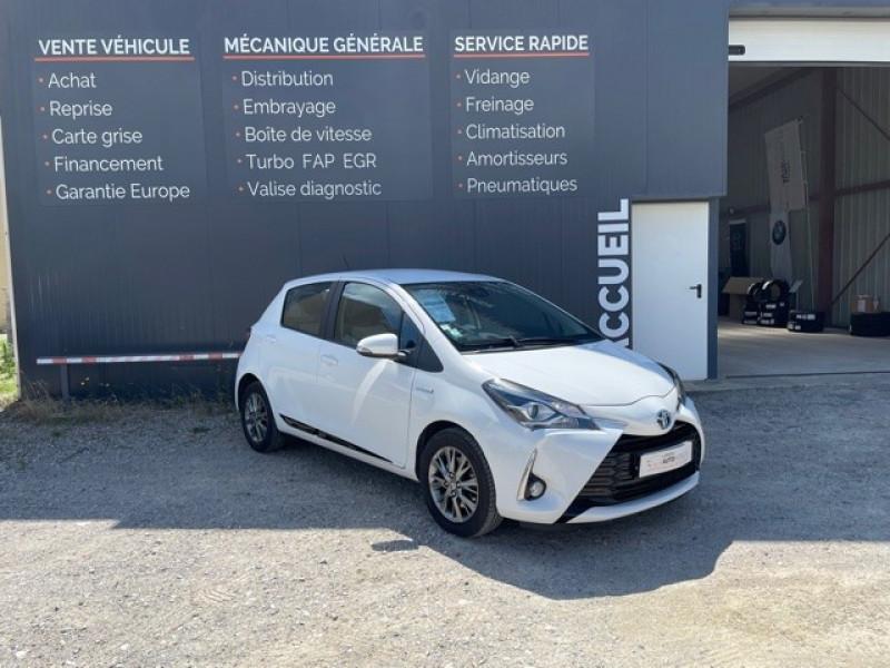 Toyota YARIS 100H DYNAMIC BUSINESS 5P Hybride BLANC Occasion à vendre