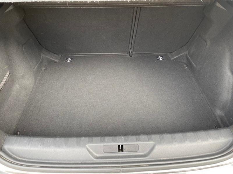 Photo 19 de l'offre de PEUGEOT 308 1.6 BLUEHDI 120CH STYLE S&S 5P à 11990€ chez Larrieu automobiles