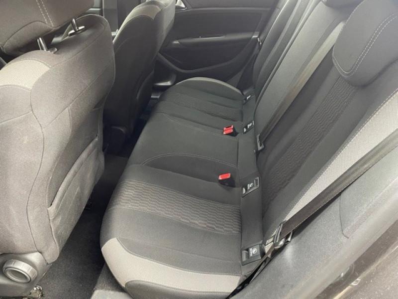 Photo 18 de l'offre de PEUGEOT 308 1.6 BLUEHDI 120CH STYLE S&S 5P à 11990€ chez Larrieu automobiles