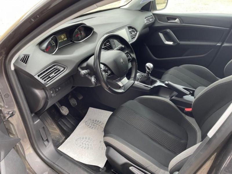 Photo 10 de l'offre de PEUGEOT 308 1.6 BLUEHDI 120CH STYLE S&S 5P à 11990€ chez Larrieu automobiles
