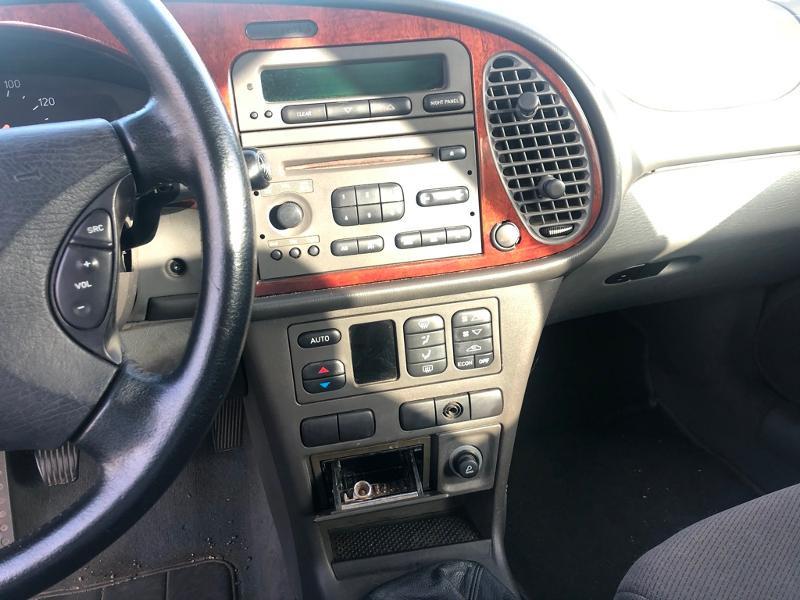 Photo 7 de l'offre de SAAB 9-3 2.2 TiD120 Arc à 1900€ chez Aubin automobiles