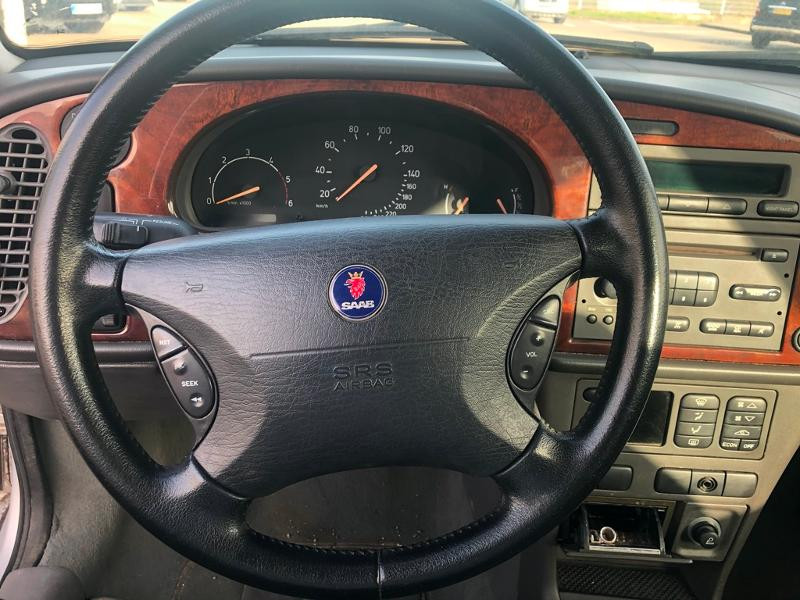 Photo 5 de l'offre de SAAB 9-3 2.2 TiD120 Arc à 1900€ chez Aubin automobiles