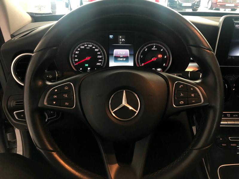 Photo 7 de l'offre de MERCEDES-BENZ Classe C 180 d Executive 7G-Tronic Plus à 21900€ chez Aubin automobiles