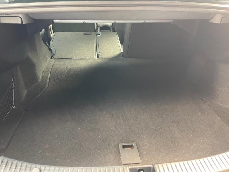 Photo 10 de l'offre de MERCEDES-BENZ Classe C 180 d Executive 7G-Tronic Plus à 21900€ chez Aubin automobiles