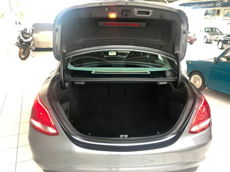 Photo 11 de l'offre de MERCEDES-BENZ Classe C 180 d Executive 7G-Tronic Plus à 21900€ chez Aubin automobiles