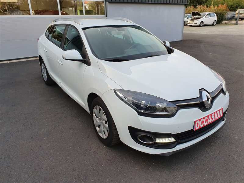 Renault MEGANE ESTATE MEGANE III ESTATE 1.5DCI 110 LIMITED ENERGY GAZOLE BLANC Occasion à vendre