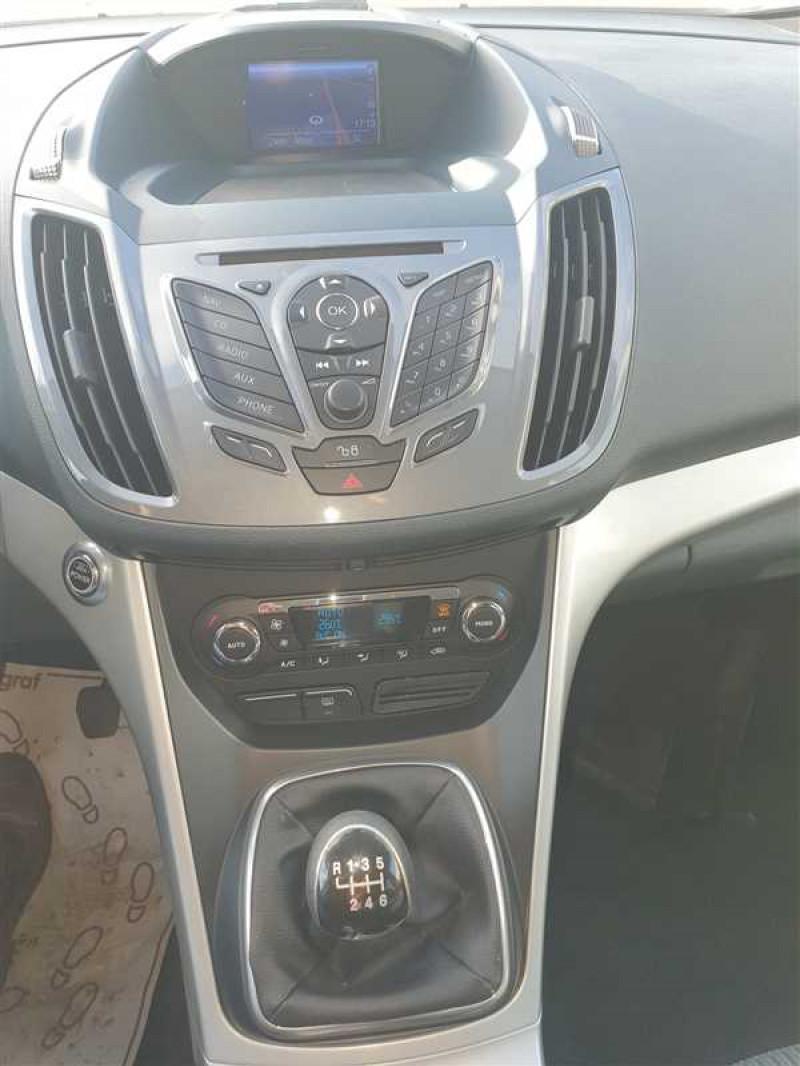 Photo 8 de l'offre de FORD C-MAX C-MAX 1.6 TDCI 115 TITANIUM à 6450€ chez Mareuil automobiles