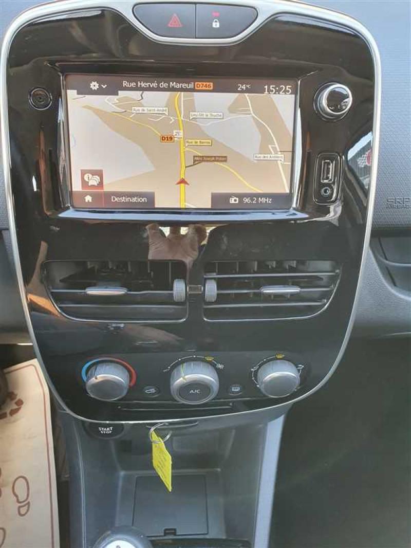 Photo 5 de l'offre de RENAULT CLIO IV CLIO IV 1.5DCI BUSINESS à 7950€ chez Mareuil automobiles