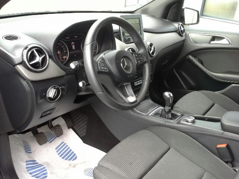 Photo 7 de l'offre de MERCEDES-BENZ CLASSE B CLASSE B 180 CDI S&S INSPIRATION à 15750€ chez Mareuil automobiles