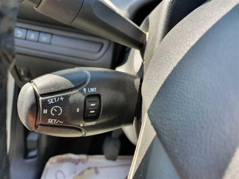 Photo 9 de l'offre de PEUGEOT 208 208 1.6 HDI 75 ACTIVE BUSINESS à 8890€ chez Mareuil automobiles