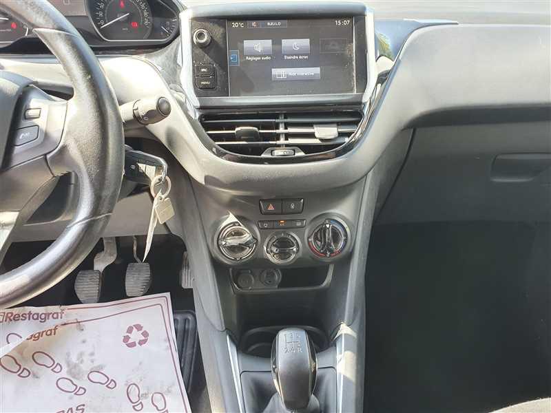 Photo 8 de l'offre de PEUGEOT 208 208 1.6 HDI 75 ACTIVE BUSINESS à 8890€ chez Mareuil automobiles
