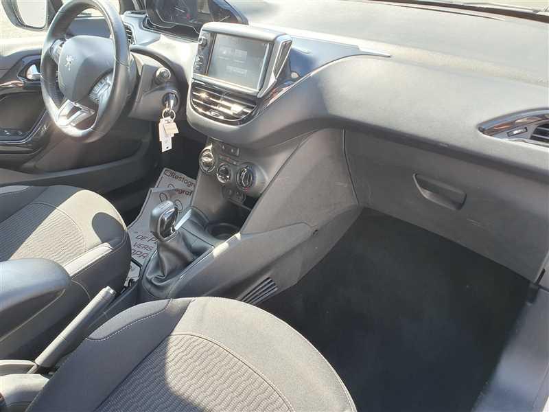 Photo 13 de l'offre de PEUGEOT 208 208 1.6 HDI 75 ACTIVE BUSINESS à 8890€ chez Mareuil automobiles
