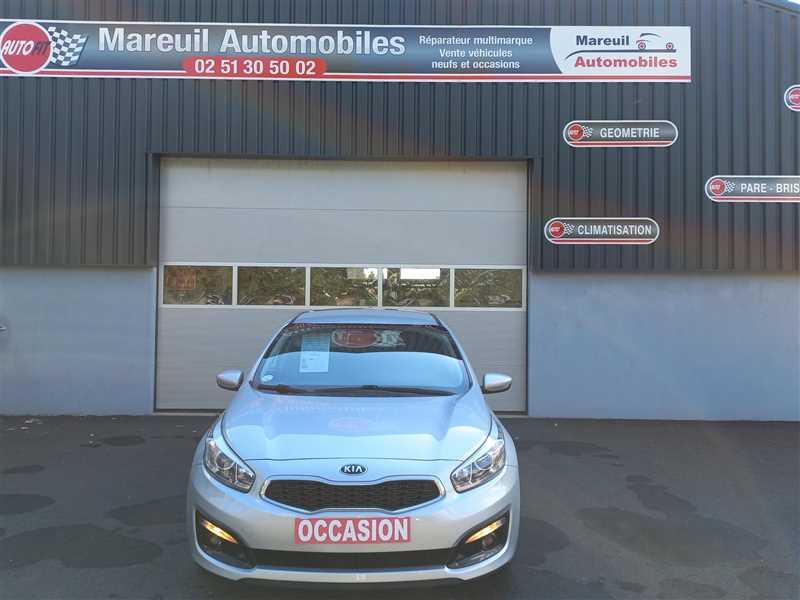 Photo 20 de l'offre de KIA CEE D CEE'D 1.6 CRDI 110 ACTIVE BUSINESS à 10290€ chez Mareuil automobiles