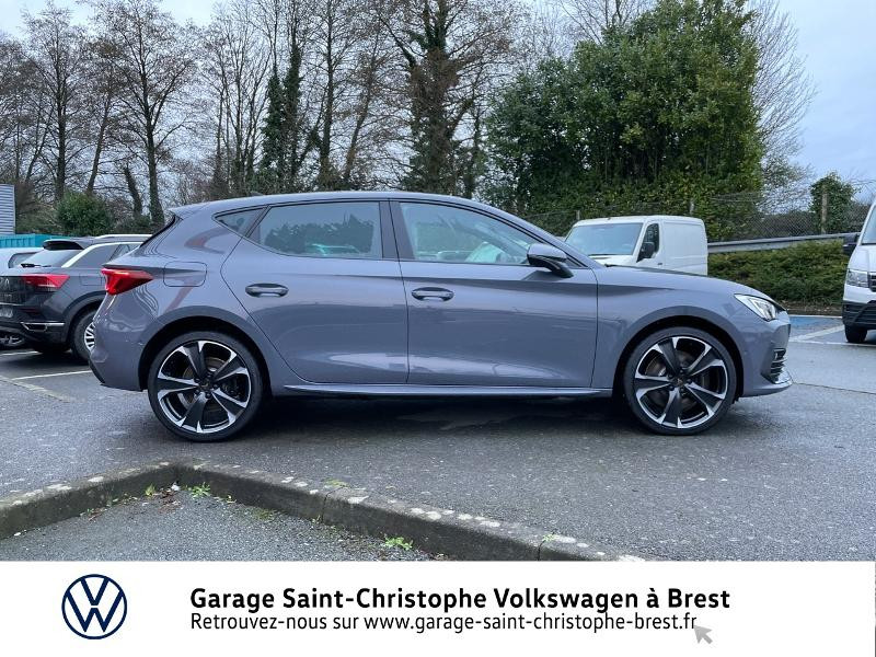 Photo 4 de l'offre de CUPRA Leon 1.4 eHybrid 245ch DSG6 à 36990€ chez Garage Saint Christophe - Volkswagen Brest