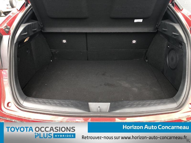 Photo 15 de l'offre de TOYOTA C-HR 184h Collection 2WD E-CVT MC19 à 31900€ chez Horizon Concarneau