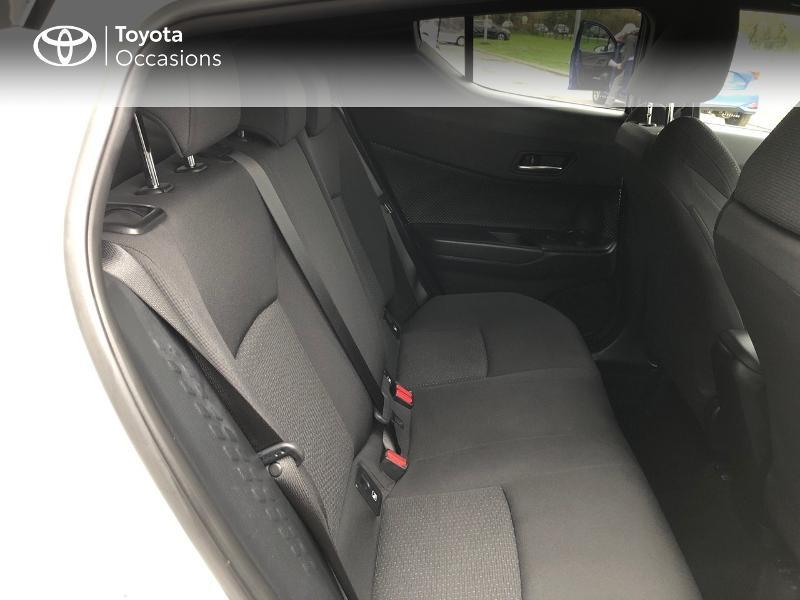Photo 7 de l'offre de TOYOTA C-HR 122h Edition 2WD E-CVT RC18 à 22980€ chez Horizon Concarneau