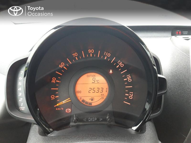 Photo 14 de l'offre de TOYOTA Aygo 1.0 VVT-i 69ch x-play 3p à 8400€ chez Horizon Concarneau