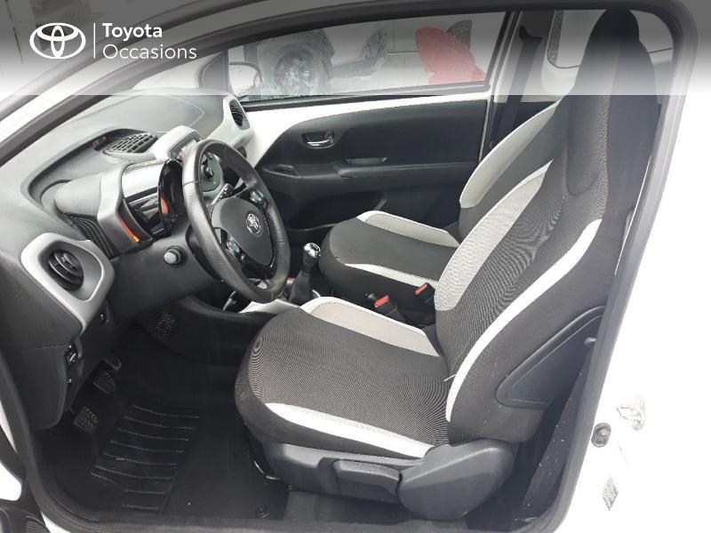 Photo 11 de l'offre de TOYOTA Aygo 1.0 VVT-i 69ch x-play 3p à 8400€ chez Horizon Concarneau