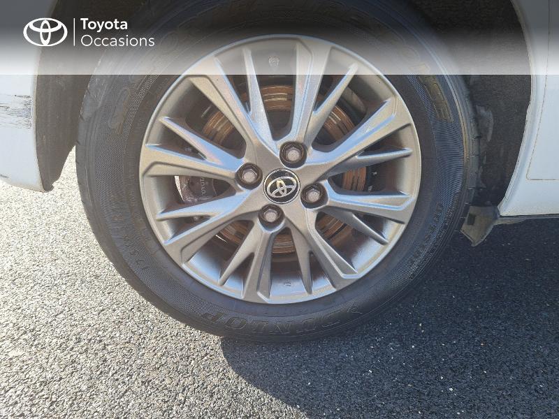 Photo 16 de l'offre de TOYOTA Yaris 100h Dynamic 5p à 12400€ chez Horizon Concarneau