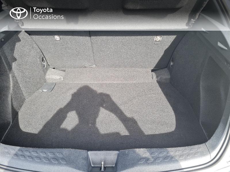 Photo 10 de l'offre de TOYOTA C-HR 122h Edition 2WD E-CVT RC18 à 21490€ chez Horizon Concarneau