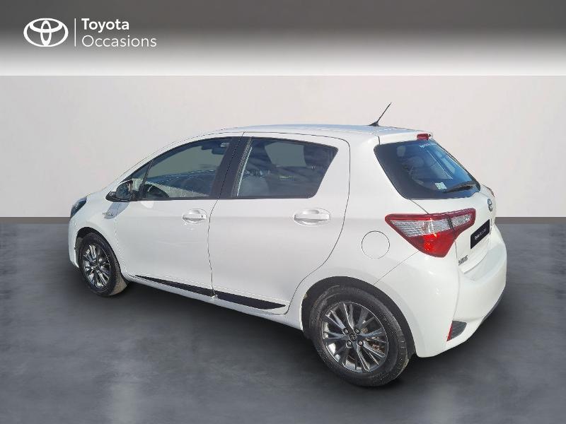 Photo 2 de l'offre de TOYOTA Yaris 100h Dynamic 5p à 12400€ chez Horizon Concarneau
