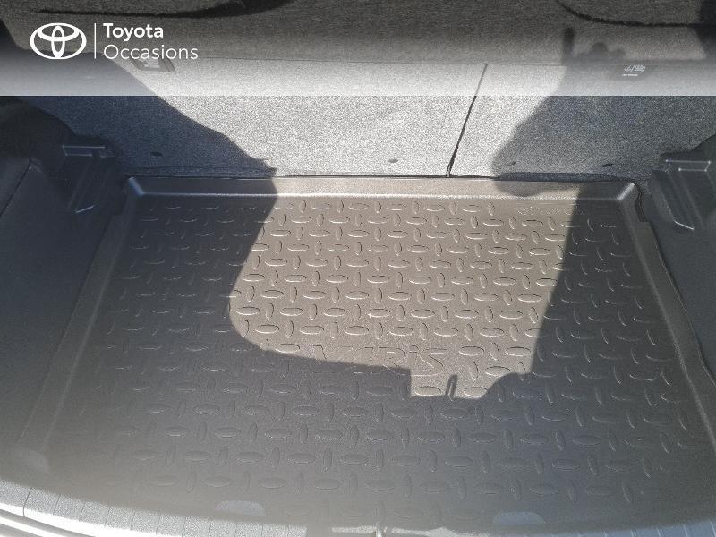 Photo 10 de l'offre de TOYOTA Yaris 100h Dynamic 5p à 12400€ chez Horizon Concarneau