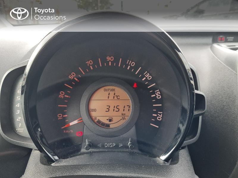 Photo 14 de l'offre de TOYOTA Aygo 1.0 VVT-i 69ch x-play 5p à 8400€ chez Horizon Concarneau