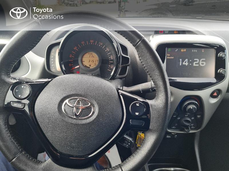 Photo 9 de l'offre de TOYOTA Aygo 1.0 VVT-i 69ch x-play 5p à 8400€ chez Horizon Concarneau