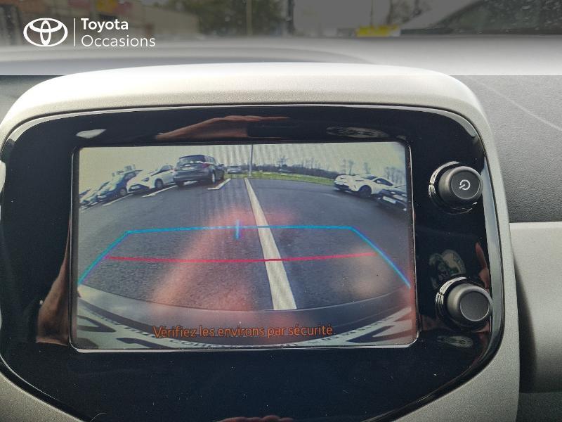Photo 20 de l'offre de TOYOTA Aygo 1.0 VVT-i 69ch x-play 5p à 8400€ chez Horizon Concarneau