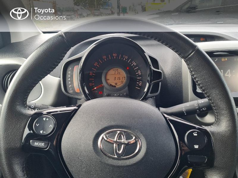Photo 13 de l'offre de TOYOTA Aygo 1.0 VVT-i 69ch x-play 5p à 8400€ chez Horizon Concarneau