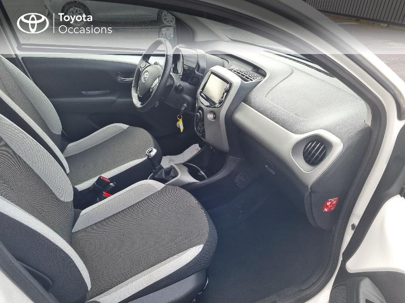 Photo 6 de l'offre de TOYOTA Aygo 1.0 VVT-i 69ch x-play 5p à 8400€ chez Horizon Concarneau