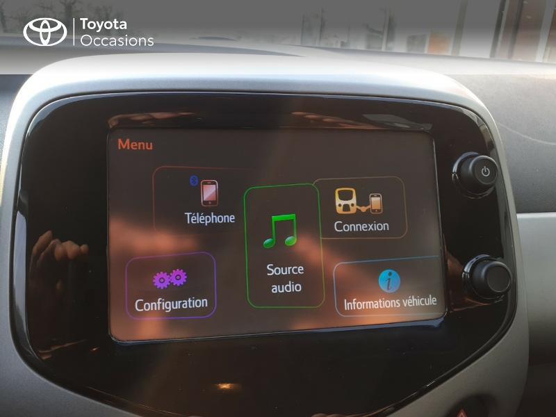 Photo 15 de l'offre de TOYOTA Aygo 1.0 VVT-i 69ch x-play 5p à 9400€ chez Horizon Carhaix