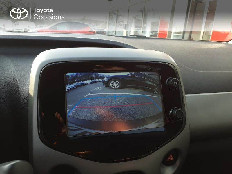 Photo 13 de l'offre de TOYOTA Aygo 1.0 VVT-i 69ch x-play 5p à 9400€ chez Horizon Carhaix