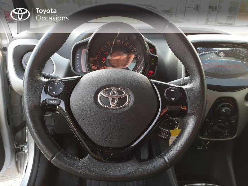 Photo 9 de l'offre de TOYOTA Aygo 1.0 VVT-i 69ch x-play 5p à 9400€ chez Horizon Carhaix