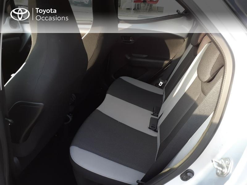 Photo 12 de l'offre de TOYOTA Aygo 1.0 VVT-i 69ch x-play 5p à 9400€ chez Horizon Carhaix