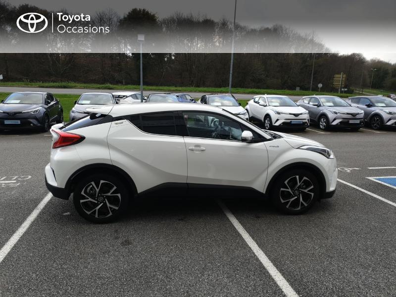 Photo 17 de l'offre de TOYOTA C-HR 122h Edition 2WD E-CVT RC18 à 22980€ chez Horizon Quimper