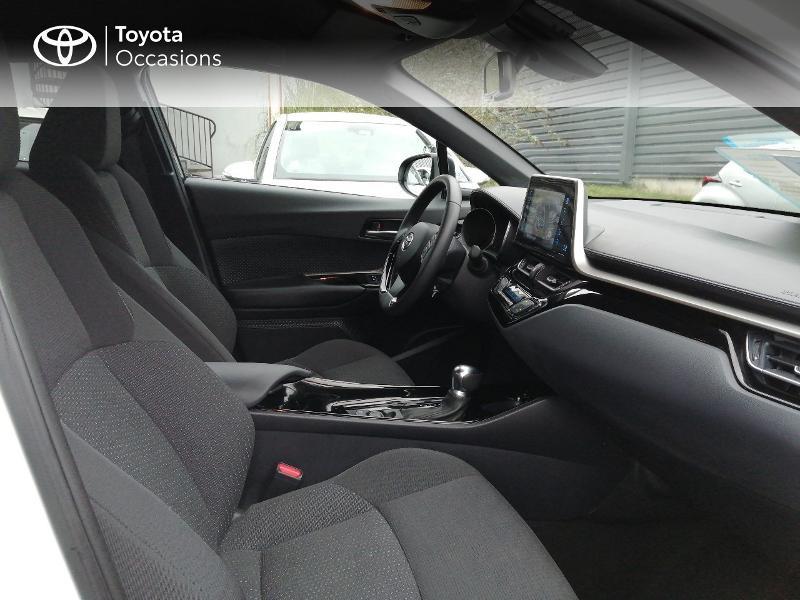 Photo 6 de l'offre de TOYOTA C-HR 122h Edition 2WD E-CVT RC18 à 22600€ chez Horizon Quimper