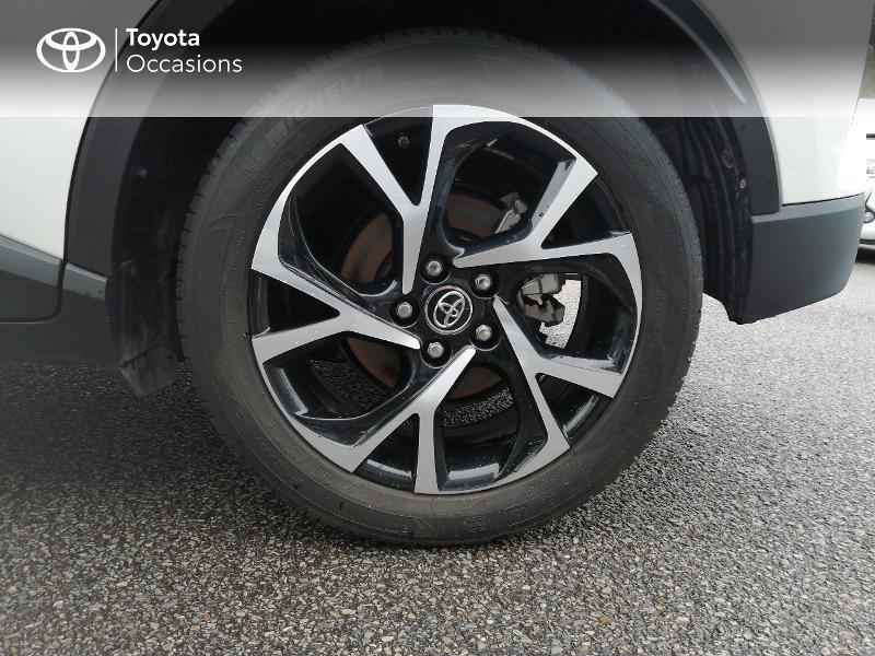 Photo 14 de l'offre de TOYOTA C-HR 122h Edition 2WD E-CVT RC18 à 22600€ chez Horizon Quimper