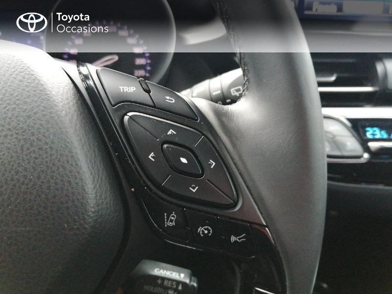 Photo 15 de l'offre de TOYOTA C-HR 122h Edition 2WD E-CVT RC18 à 22600€ chez Horizon Quimper