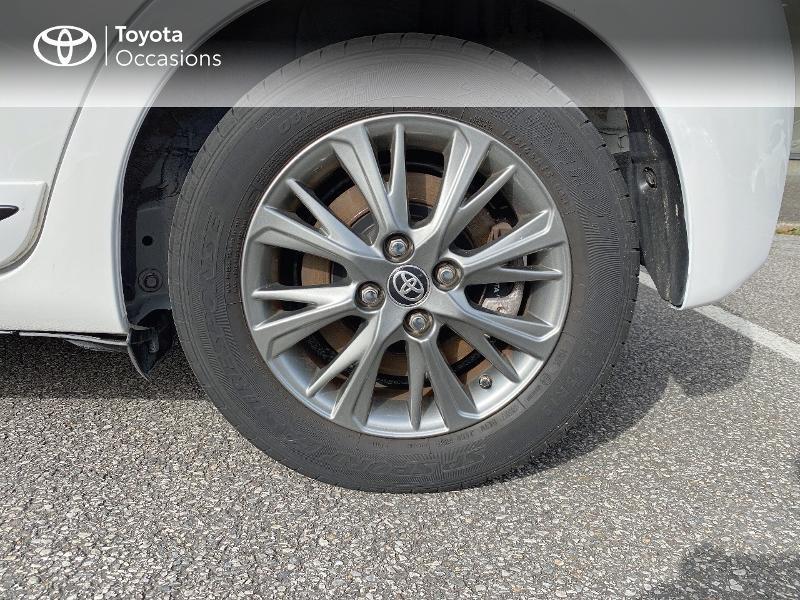 Photo 16 de l'offre de TOYOTA Yaris 100h Dynamic 5p à 14900€ chez Horizon Quimper