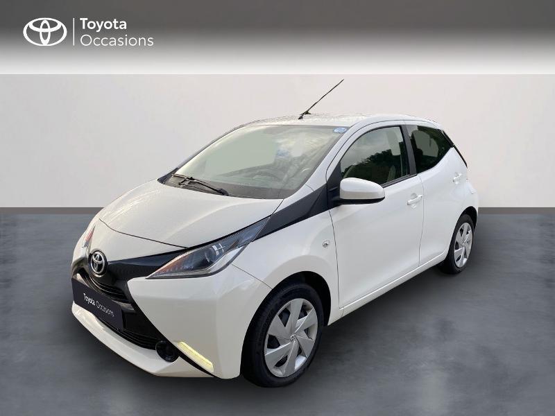 Toyota Aygo 1.0 VVT-i 69ch x-play 5p Essence BLANC PUR Occasion à vendre