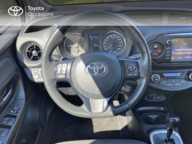 Photo 9 de l'offre de TOYOTA Yaris 100h Dynamic Business 5p à 12800€ chez Horizon Quimper